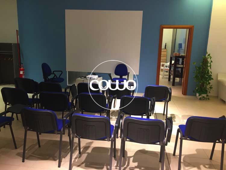 Coworking Cagliari Selargius: sala formazione